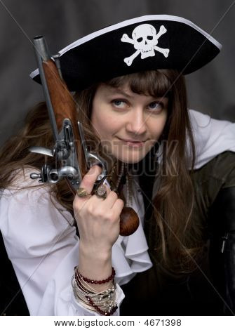 Girl - Pirate With Pistol In Hand