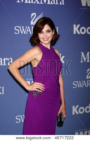 LOS ANGELES - JUN 12:  Jen Lilley arrives at the Crystal and Lucy Awards 2013 at the Beverly Hilton Hotel on June 12, 2013 in Beverly Hills, CA
