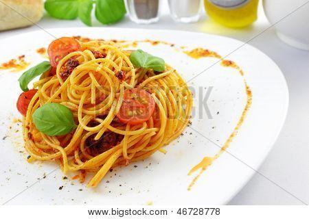 Spaghetti Pesto Rosso