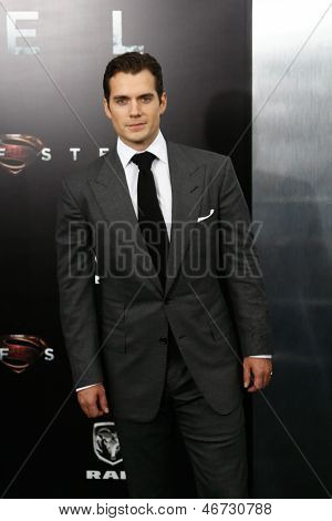 """NEW YORK-JUNE 10: Actor Henry Cavill attends the world premiere of """"Man of Steel"""" at Alice Tully Hall at Lincoln Center on June 10, 2013 in New York City."""