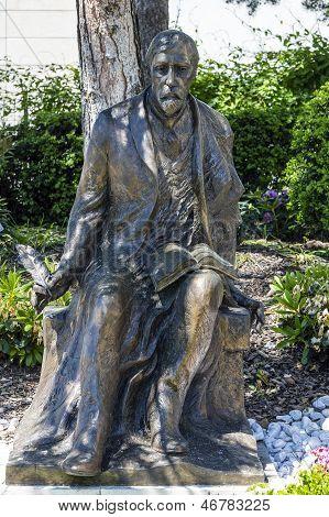 Estátua de Henryk Sienkiewicz em Vevey, Suíça
