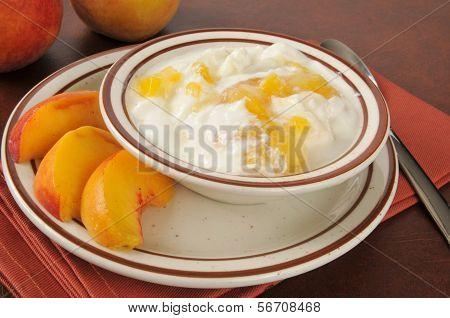 Greek Yogurt With Fresh Peaches