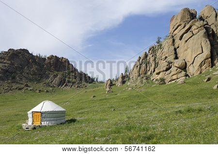 Ger mongol en el Parque Nacional Gorkhi-Terelji, Mongolia