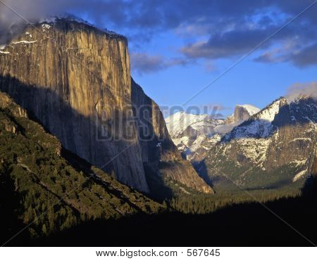 Yosemite Valley1