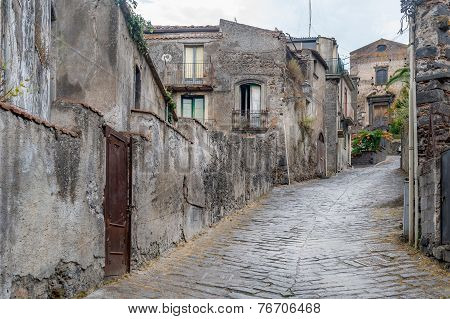 Forsa d'Agro ancient streets. Sicily.