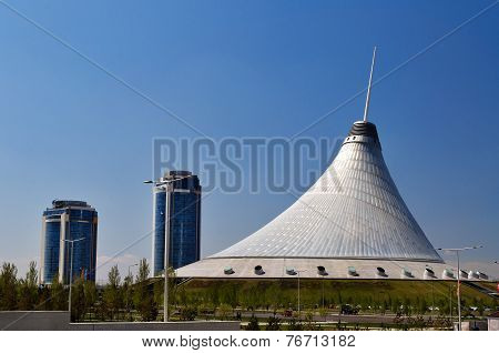 Khan Shatyr Is A Giant Transparent Tent In Astana