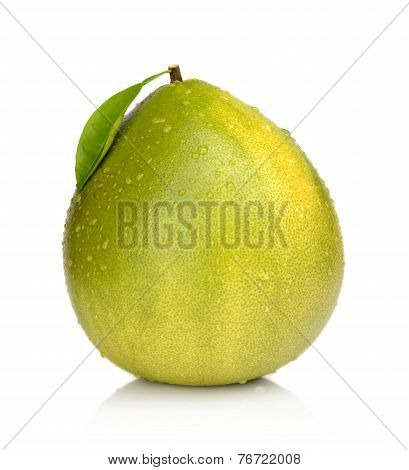 Wet Pomelo With Leaf And Drop Waters Isolated On White