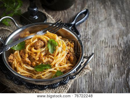 Linguine With Meat Tomato Sauce. Italian Pasta With Meat Sauce.