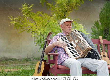 Senior Music Player