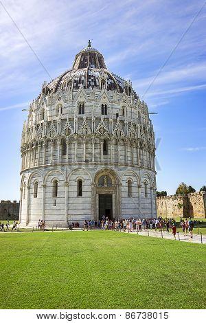 Pisa Baptistery In Italy In Summer