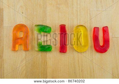 Gummy Words Vowels