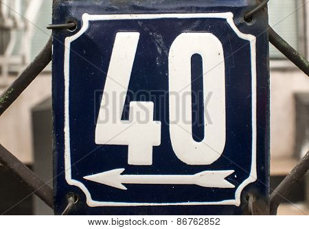 Weathered enameled plate number 40