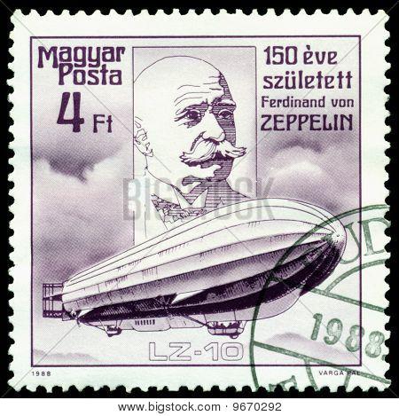 Selo vintage. Ferdinand Von Zeppelin. Dirigível Lz-10.