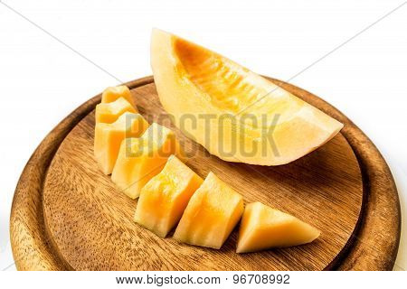 Slice Cantaloupe On Wood Plate2