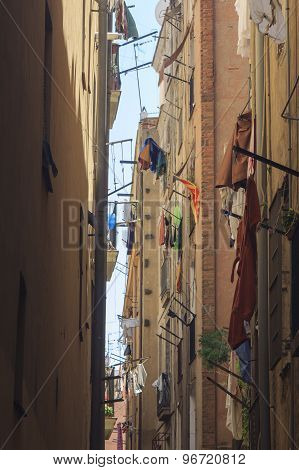 Drying clothes on the upper floors