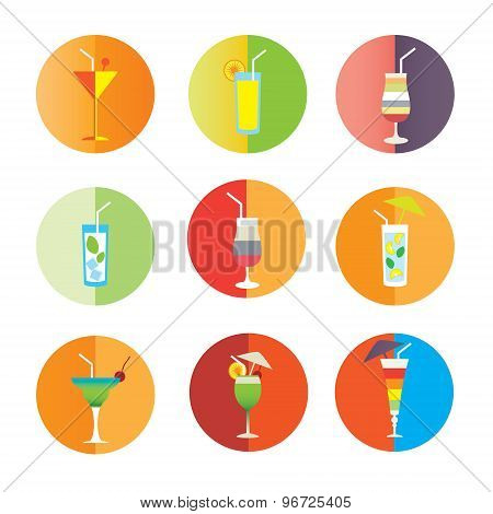 Alcohol drinks and coctails icon set
