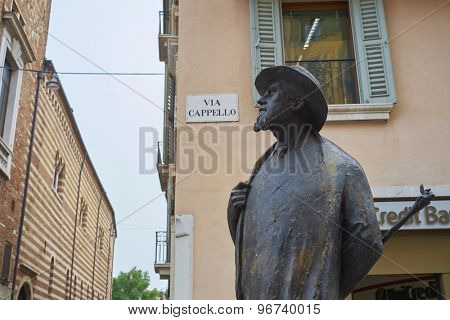 VERONA, ITALY - JULY 13: Bronze statue of poet Berto Barbarani in Piazza delle Erbe. July 11, 2015 in Verona.