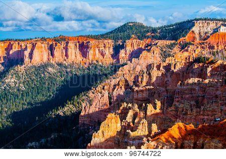 Ponderosa Bryce Canyon Hoodoos At Sunset