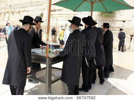 Orthodox Jews Pray At The Western Wall In Jerusalem