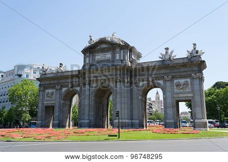 Acala Gate