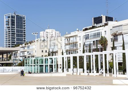 Habima Square in Tel Aviv