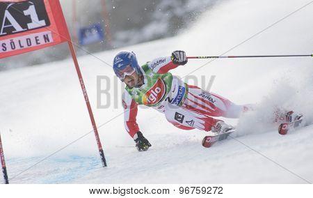 SOELDEN, AUSTRIA Oct 25 2009 Benni Raich (AUT) competing in the mens giant slalom race at the Rettenbach Glacier.