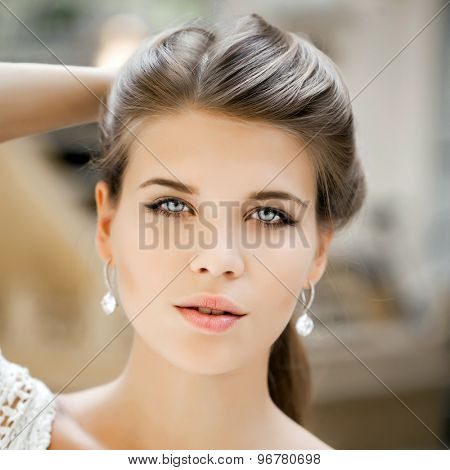 Close-up portrait of a beautiful young girl