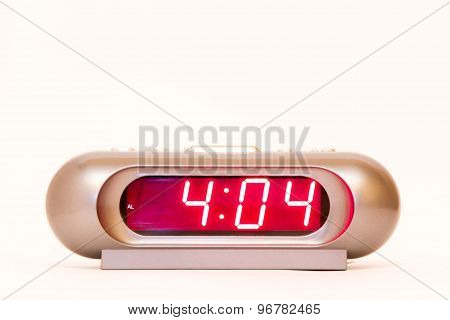 Digital Watch 4:04