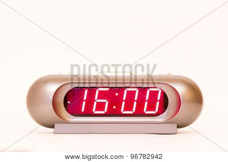 Digital Watch 16:00