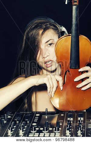 Beautiful Dj Woman With Violin