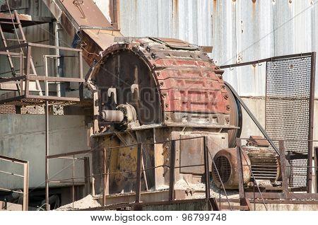 Obsolete industrial installation