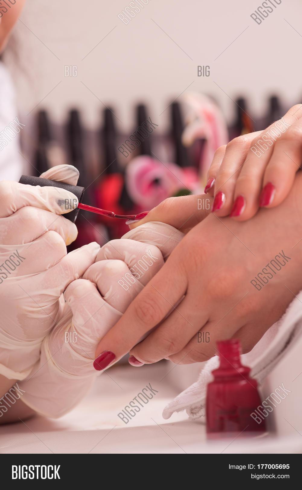 English speaking nail salon - Tuckerton seaport