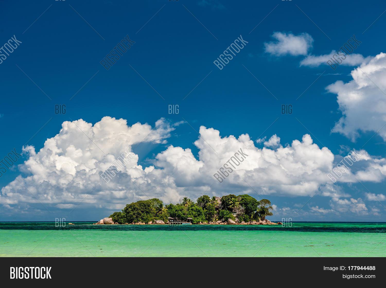 1366x768 beautiful tropical island - photo #41
