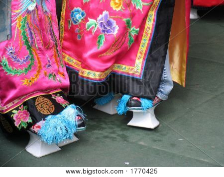 Beautiful China, Antique Shoes