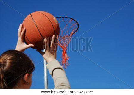 Shooting Basket