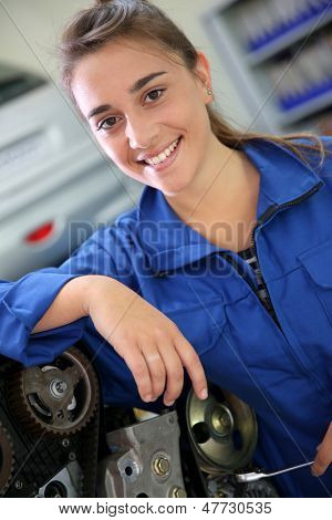 Portrait of student girl in auto mechanics