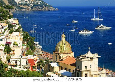 Positano en Amalfi Coast, Italia, Europa