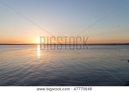 Bellingham Bay Sunset-sun Left
