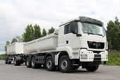 White Man Tgs 35.480 Truck And Trailer