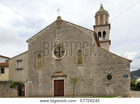 Monastery Cres