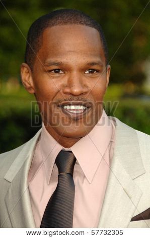 Jamie Foxx  at the Los Angeles Premiere of 'The Soloist'. Paramount Theatre, Hollywood, CA. 04-20-09