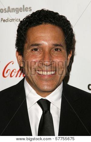 Oscar Nunez at the 2009 Noche De Ninos Gala. Beverly Hilton Hotel, Beverly Hills, CA. 05-09-09
