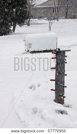 Christmas Light Mailbox