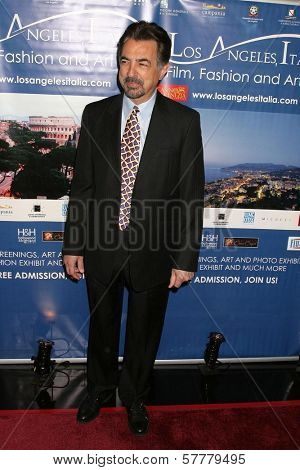 Joe Mantegna  at the 4th Los Angeles Italia Film Fashion and Art Festival. Mann Chinese 6 Theatre, Hollywood, CA. 02-15-09