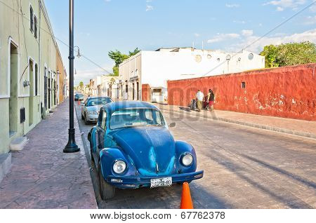 downtown street view in Valladolid, Mexico