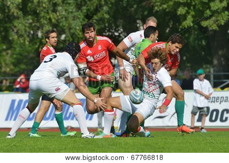 MOSCOW, RUSSIA - JUNE 29, 2014: Match for place 1 between England (white uniform) and Portugal during the FIRA-AER European Grand Prix Series. England won 47-12