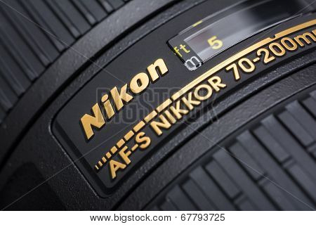 Nikon 70-200 f/2.8 Lens For Digital Single Lens Reflex Camera