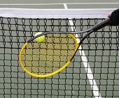 ������, ������: Tennis Ball Into Net During Game