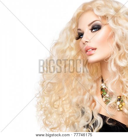 Curly hair. Glamour lady, Beauty Girl With Healthy Long Curly Hair. Blonde Woman Portrait. Blond Wavy permed Hair, perfect make up, smoky eyes