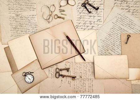 Vintage Accessories. Old Letters And Cards